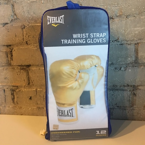 Everlast Wrist Strap Boxing Gloves 12 oz. GOLD bb9af85fa10e